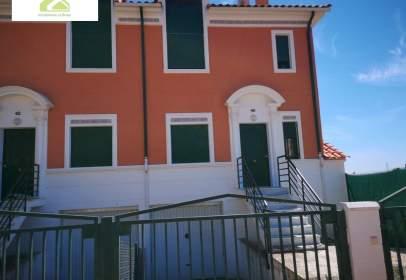 Chalet in La Hiniesta-Peña Trevinca-Siglo XXI