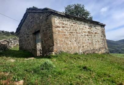 Finca rústica en San Roque de Riomiera
