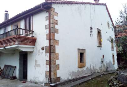 Casa a Selaya