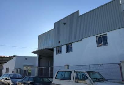 Nau industrial a calle Els Fusters