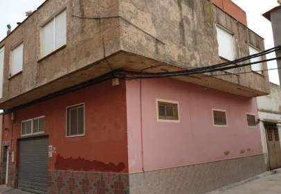 Chalet en Barrio Peral-San Félix