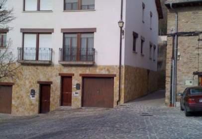 Casa adosada en Monreal