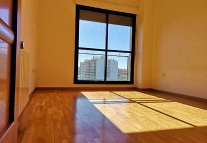 Apartament a calle Esteban Sánchez