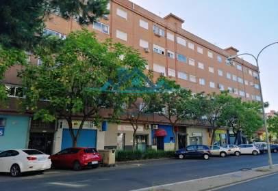 Pis a calle de Justiniano López Brea, prop de Calle del Doctor González Ralero