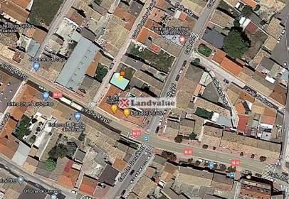 Land in calle de Ramón y Cajal