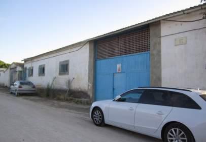 Nau industrial a Tudela de Duero