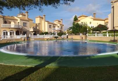 Casa adossada a Playa Flamenca-Las Piscinas