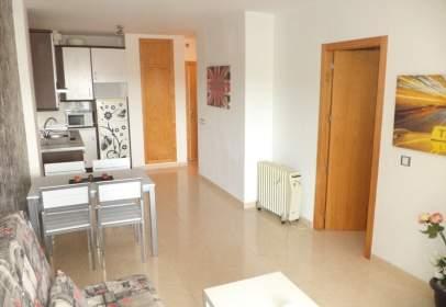 Apartament a calle Higueras (Env)