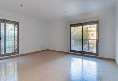 Flat in calle Tte Gral Federico Micha, nº 40