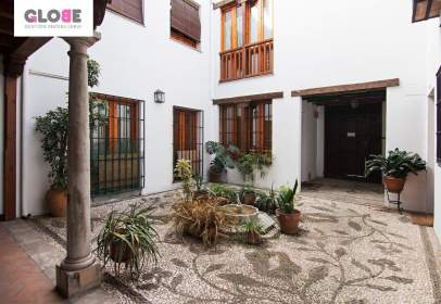Piso en San Ildefonso (Hospital Real)
