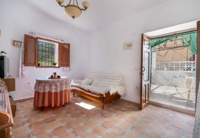 Casa en calle La Fuente de Higuera, nº 13
