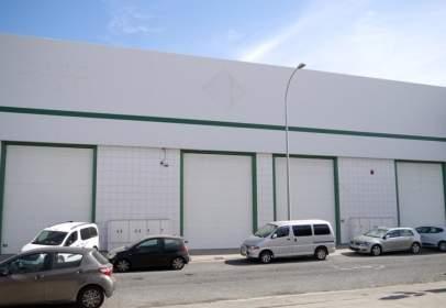 Nave industrial en calle del Beneficiado José Estupiñán