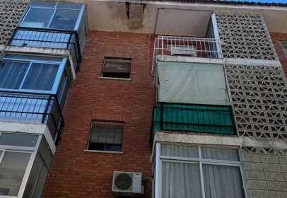 Flat in calle de Almorox, near Calle del Príncipe de Asturias