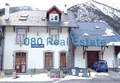 Chalet in calle Porta