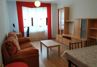 Apartamento en Camino de Villalonquejar, 19