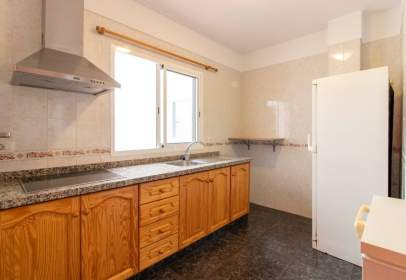 Flat in calle Los Costeros, 25