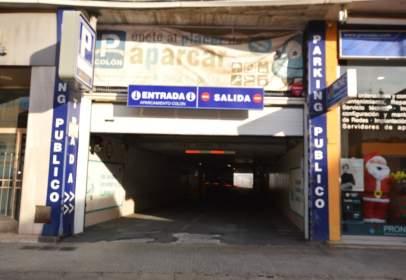 Garatge a República Argentina-Iglesia Cristo Rey