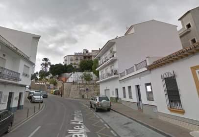 Terreny a calle de la Almedina