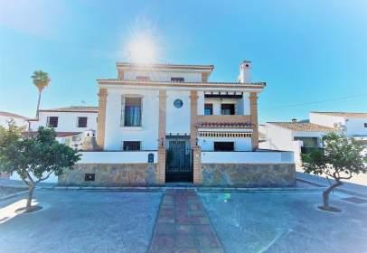 Paired house in calle de la Virgen de los Dolores, nº 9
