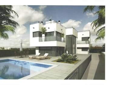 Casa en calle Entrelagos