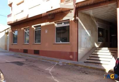 Local comercial a calle de San Roque, prop de Calle de Ramón y Cajal