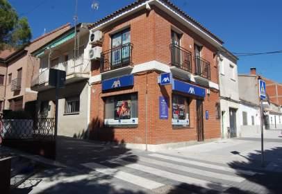 Local comercial en calle de Luis López Oliveros, nº 5