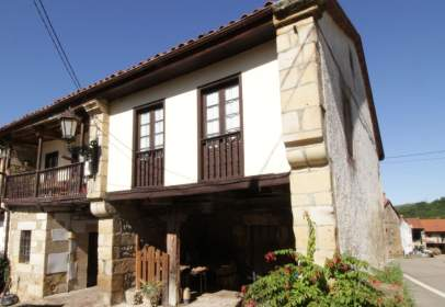 Casa adosada en calle Barrio Toporias, nº 6