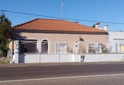 Casa unifamiliar a Carretera de Sevilla, 1, prop de Avenida de Juan Sebastián Elcano