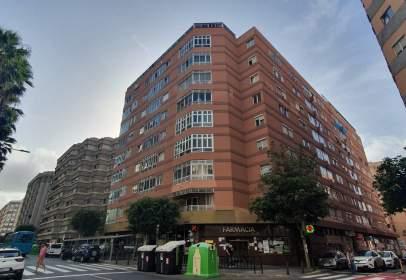 Flat in Avenida de José Mesa y López, nº 70