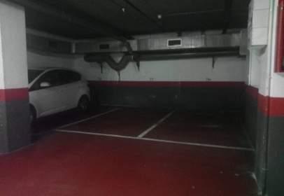 Garatge a Carrer de Fra Luis de León, prop de Carrer de Calvet d'Estrella