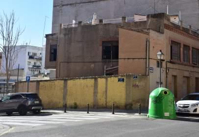 Casa en calle del Campamento, cerca de Calle de la Gabarda