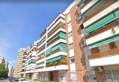 Pis a calle de Fermín Caballero, prop de Calle de Valencia de Don Juan