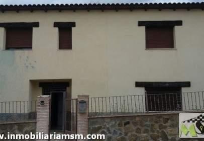 Casa aparellada a calle de Cervantes, nº 4