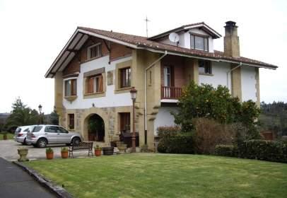 Casa unifamiliar en Camino Isuskiza