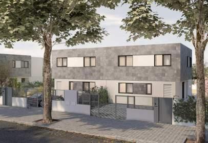 Casa adosada en calle del Abeto,  s/n
