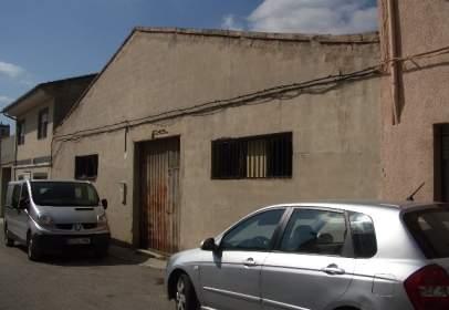Nave industrial en Carrer de Santa Cecília