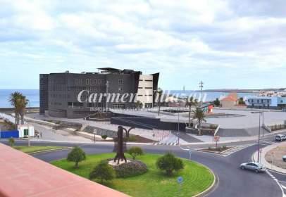 Dúplex en calle Puerto de Cabreas, nº 8