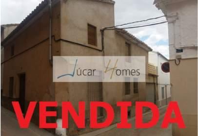 Casa en calle Gerardo Mates, nº 7