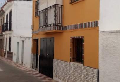 Casa adossada a Alcalá del Río