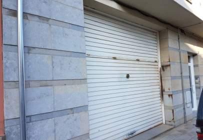 Local comercial en Carrer de Girona, 12