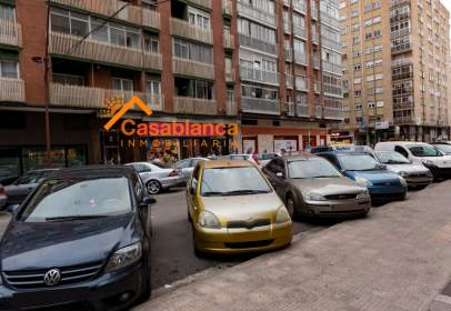Flat in calle de Francisco Grandmontagne