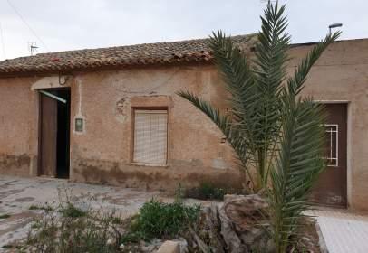 Casa adosada en calle Magdalena, nº 10