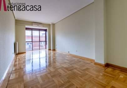 Apartamento en calle de Azcona, cerca de Calle de Ardemans
