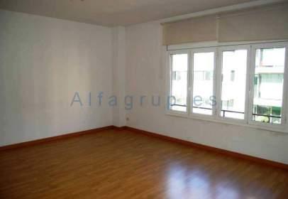 Flat in calle Travessera de Gracia, nº 10