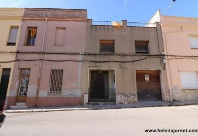 Casa en Carrer de l'Algavira, cerca de Carrer de Girona