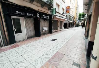 Local comercial en calle Mossén Cinto Verdaguer