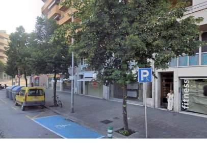 Local comercial a calle Pare Gallissa