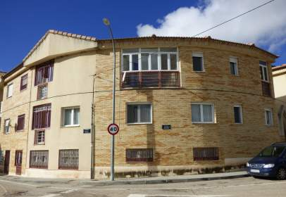 Paired house in Cañizar