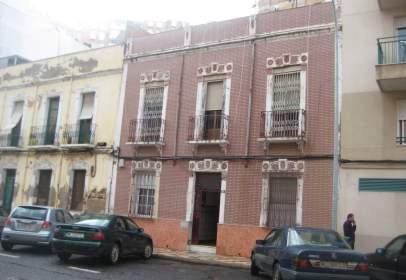 Casa en calle de Jacinto Ruiz Mendoza