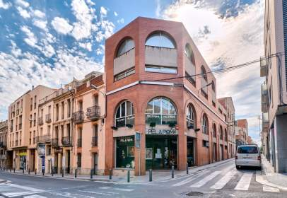 Building in Carrer de Santa Caterina, near Carrer de la Torre